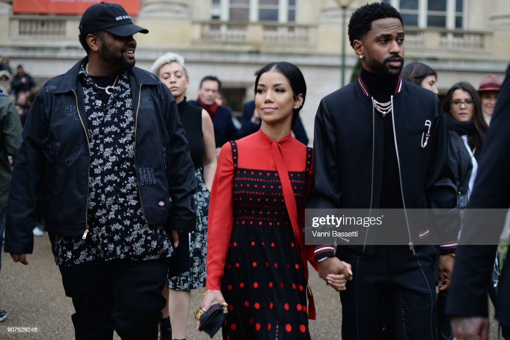 Dior Homme : Outside Arrivals - Paris Fashion Week - Menswear F/W 2018-2019