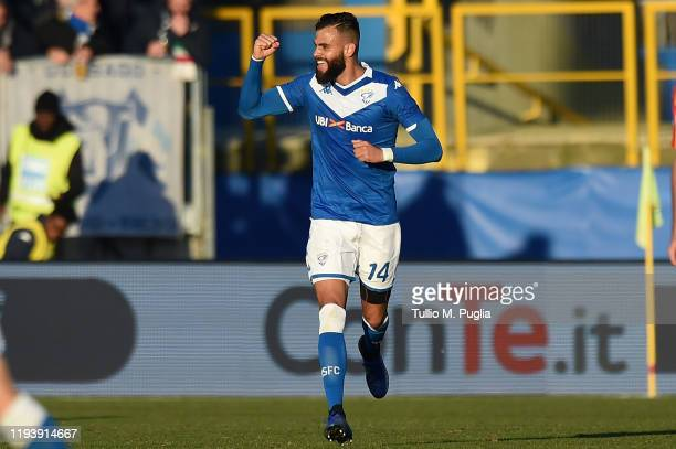 Jhon Carlos Chancellor of Brescia celebrates after scoring his team's second goal during the Serie A match between Brescia Calcio and US Lecce at...