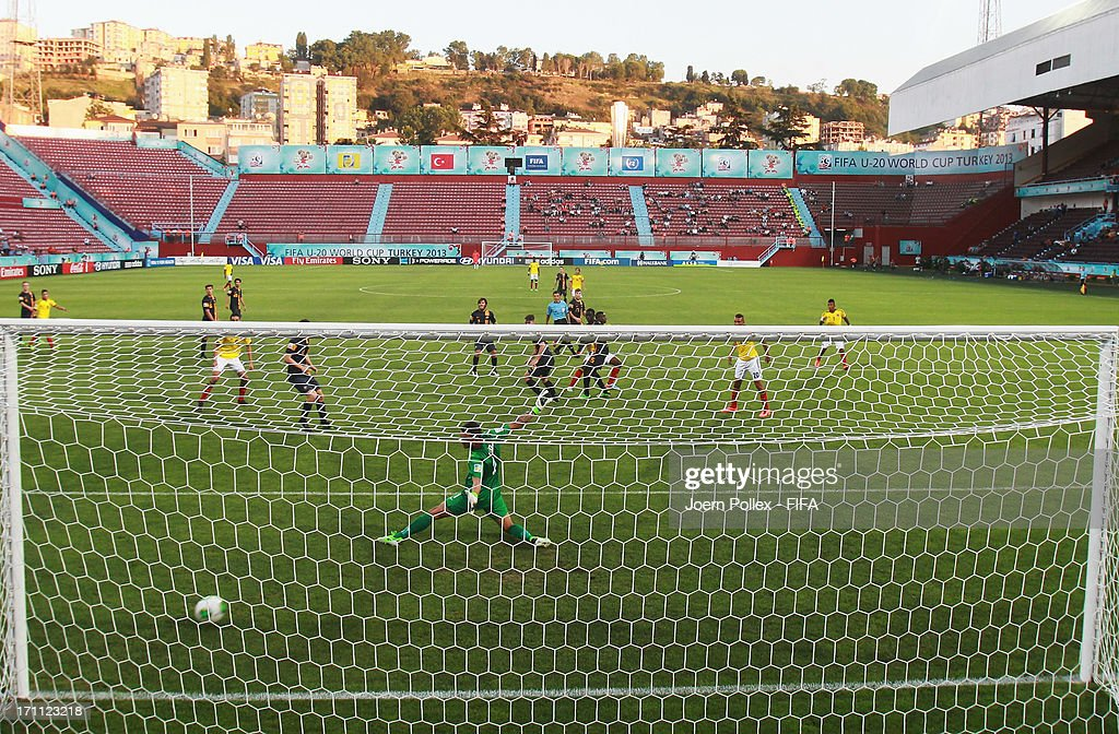 Jhon Cordoba (C) of Colombia celebrates after scoring his team's first goal during the FIFA U-20 World Cup Group C match between Colombia and Australia at Huseyin Avni Aker Stadium on June 22, 2013 in Trabzon, Turkey.