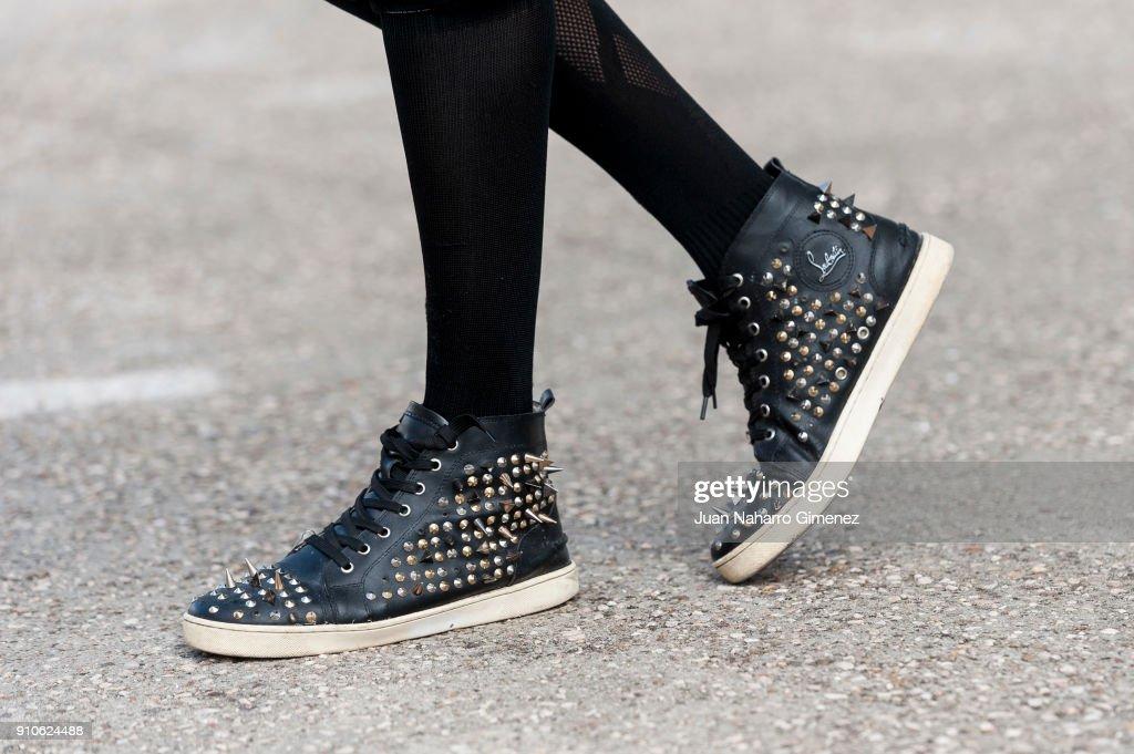 Day 2 - Street Style - Mercedes Benz Fashion Week Madrid - January 2018 : ニュース写真
