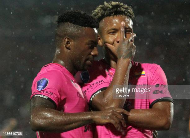 Jhon Sanchez of Independiente del Valle celebrates after scoring the second goal of his team with teammate Cristian Dajome during the final of Copa...