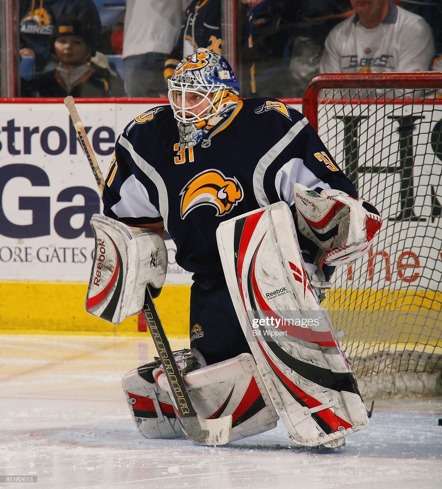 jhonas-enroth-of-the-buffalo-sabres-warm