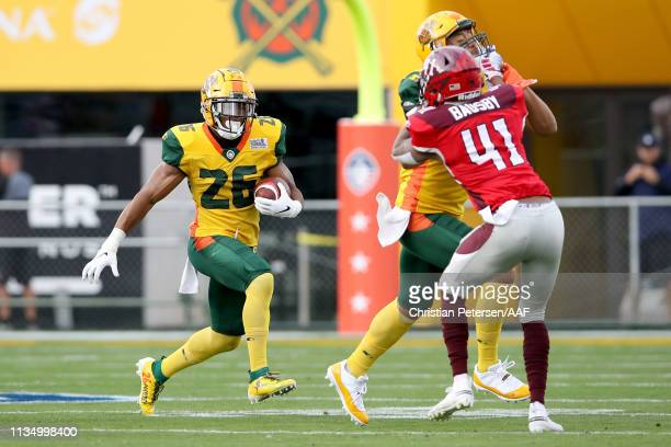 Jhurell Pressley of the Arizona Hotshots runs with the ball in the first quarter against the San Antonio Commanders during the Alliance of American...