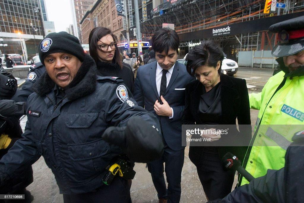 Ghomeshi arrives for verdict : News Photo