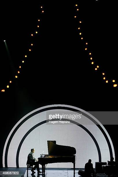 Jian Liu plays 'Sea Changes' by Douglas Lilburn who was posthumously inducted into the APRA Hall of Fame at the 2014 Silver Scroll Awards at TSB...