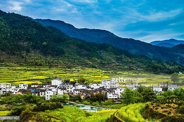 jiangling in the morning - jiangxi province stock photos and pictures