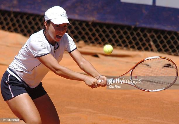 Jie Zheng in action against Pous Tio during their second round match in the 2006 Estoril Open in Estoril Portugal on May 4 2006