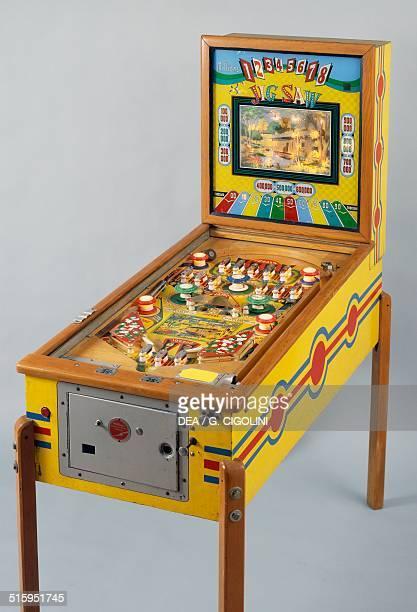 Jig saw pinball machine made by Williams United States of America 20th century
