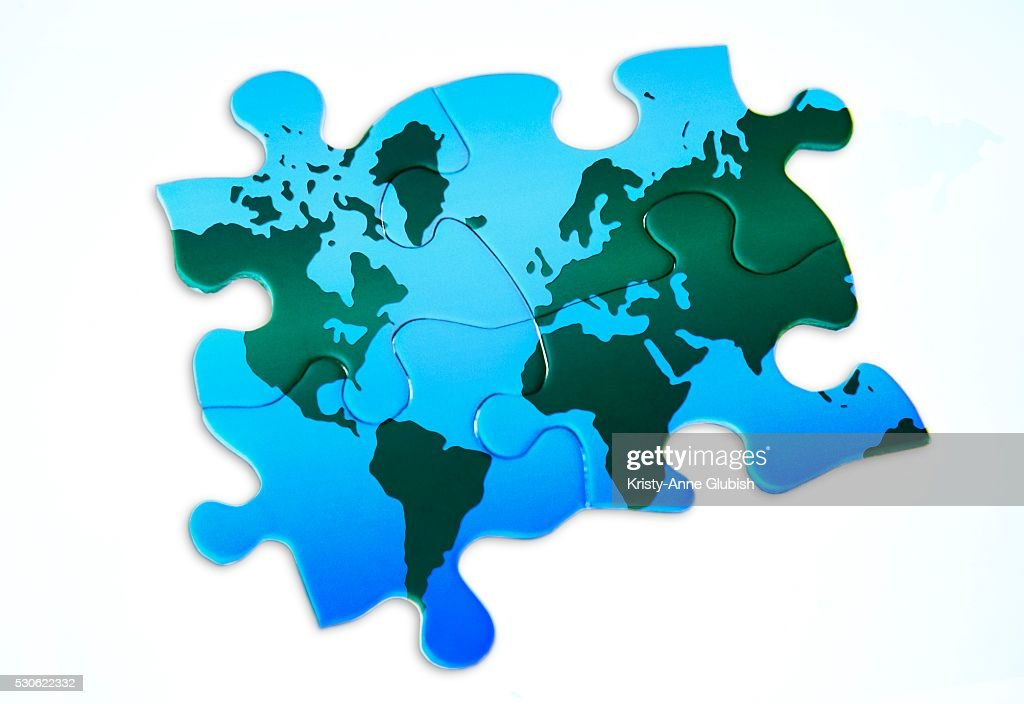 Jigsaw Puzzle Of World Map Stock-Foto | Getty Images