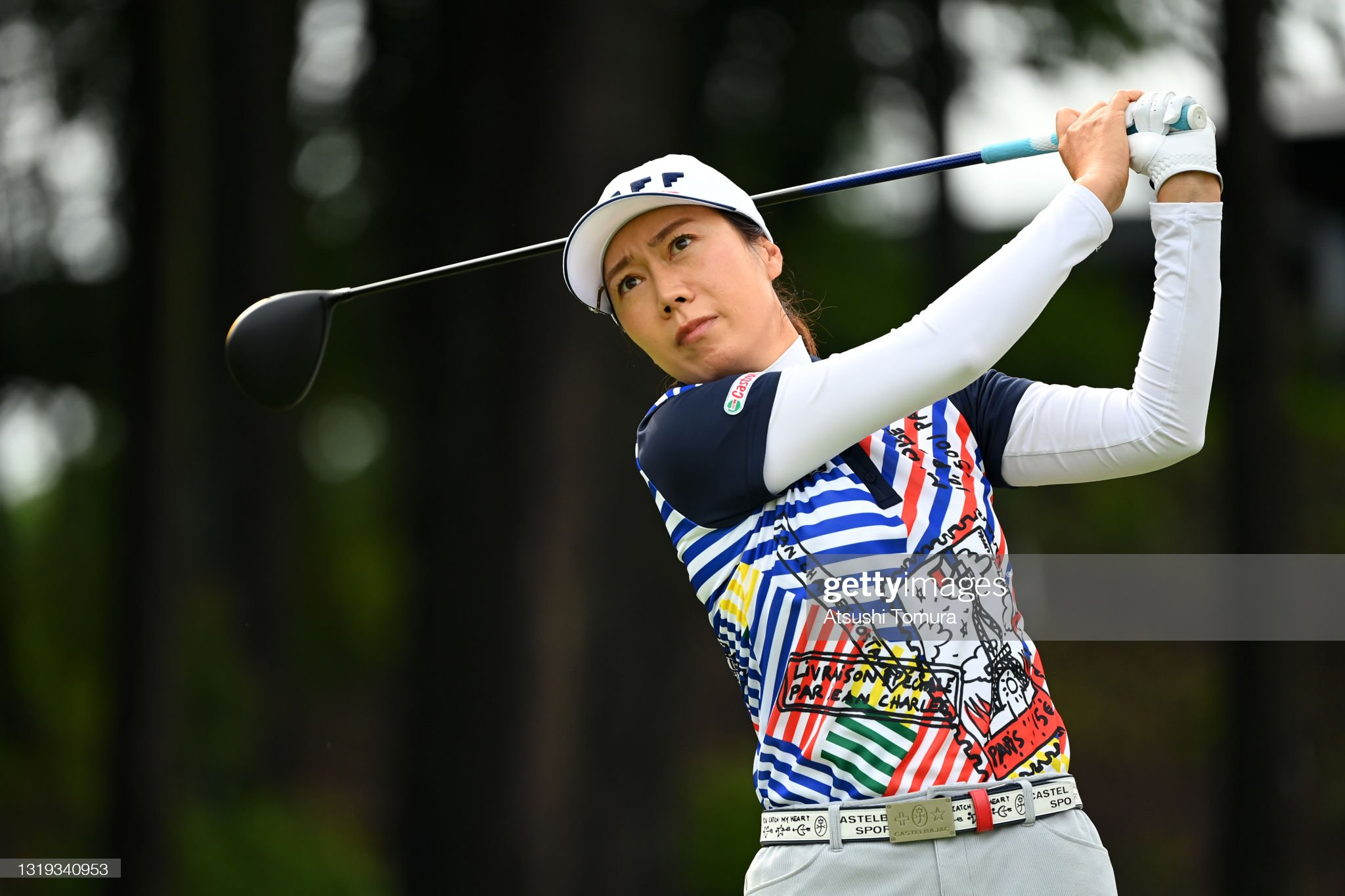 https://media.gettyimages.com/photos/jihee-lee-of-south-korea-hits-her-tee-shot-on-the-1st-hole-during-the-picture-id1319340953?s=2048x2048
