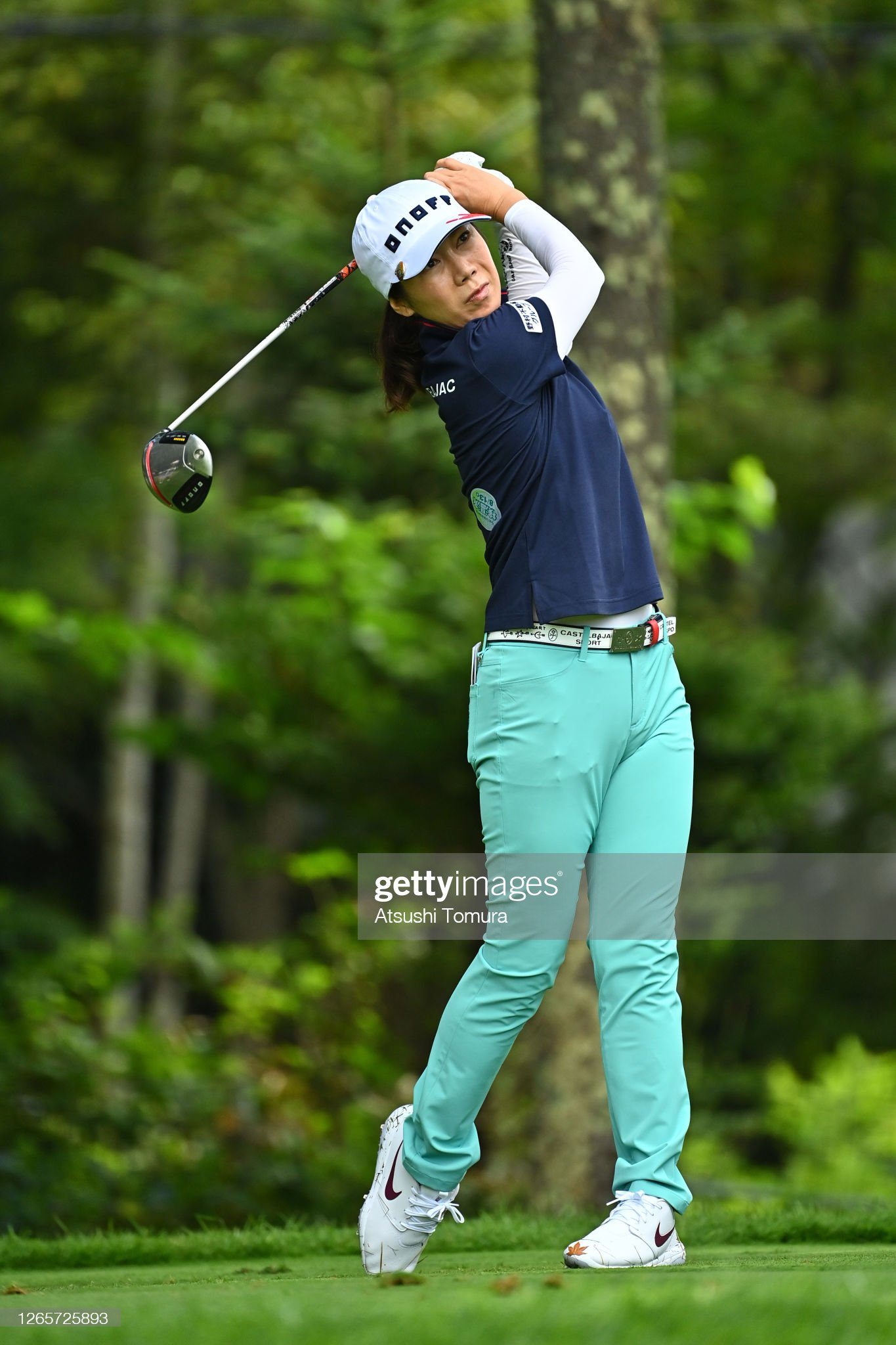 https://media.gettyimages.com/photos/jihee-lee-of-south-korea-plays-a-shot-on-the-11th-hole-during-a-of-picture-id1265725893?s=2048x2048