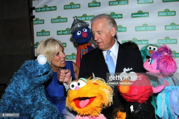 Sesame Workshop Gala Stock Photos and Pictures | Getty Images