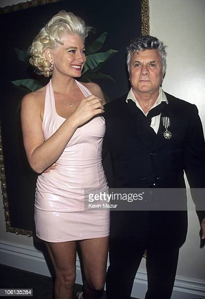 Jill Curtis and Tony Curtis attend the 1995 Elizabeth Glaser Pediatric Aids benefit in New York City