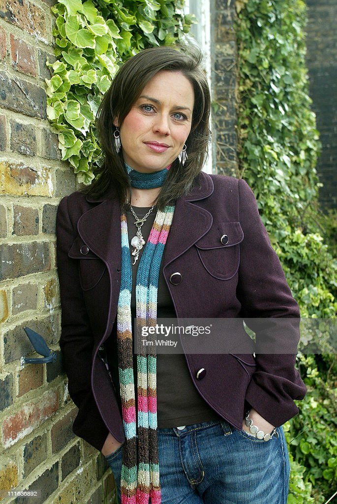 Jill Halfpenny Portrait Session - May 25, 2005 : News Photo