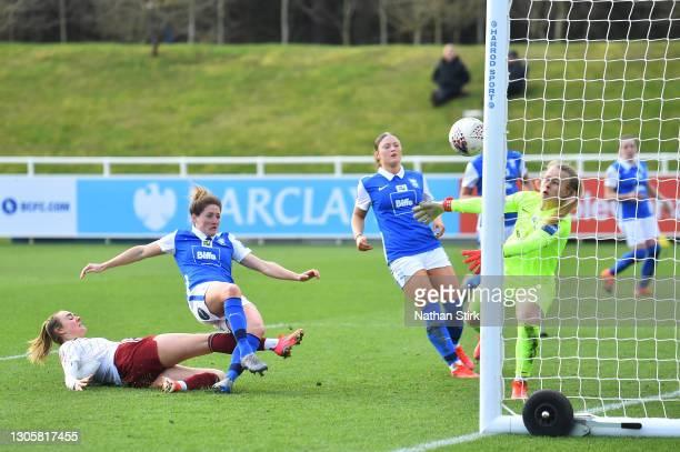 Jill Roord of Arsenal has a shot saved by Hannah Hampton of Birmingham City during the Barclays FA Women's Super League match between Birmingham City...