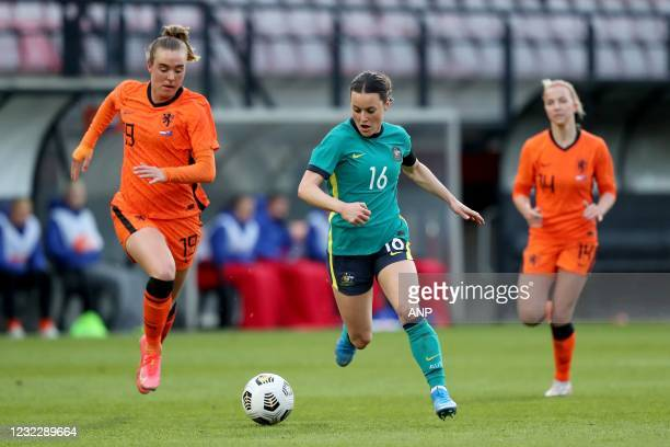 Jill Roord of Holland, Hayley Raso of Australia, Jackie Groenen of Holland during the international women's friendly match between the Netherlands...