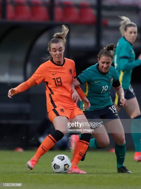 Jill Roord of Holland Women, Ella Mastrantonio of Australia Women during the International Friendly Women match between Holland v Australia at the...