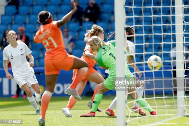 Jill Roord of Holland Women scores 10 during the World Cup Women match between New Zealand v Holland at the Stade Oceane on June 11 2019 in Le Havre...
