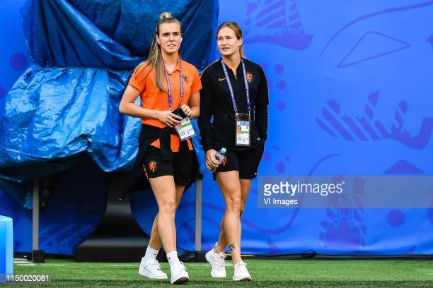 Jill Roord of Netherlands women Desiree van Lunteren of Netherlands women explore stade Hainaut Valenciennes during a training session prior to the...