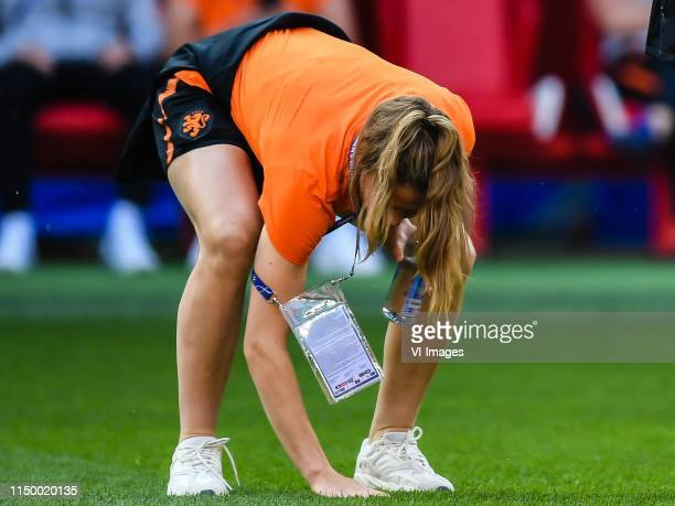 Jill Roord of Netherlands women explore stade Hainaut Valenciennes during a training session prior to the FIFA Women's World Cup France 2019 group E...