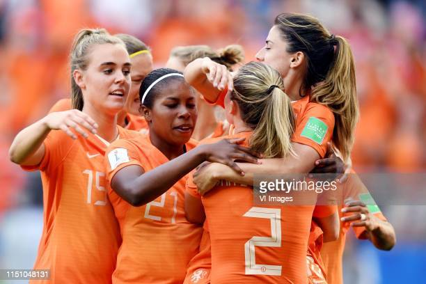 Jill Roord of Netherlands women, Lineth Beerensteyn of Netherlands women, Desiree van Lunteren of Netherlands women, Danielle van de Donk of...