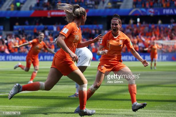 Jill Roord of the Netherlands celebrates after scoring her team's first goal during the 2019 FIFA Women's World Cup France group E match between New...