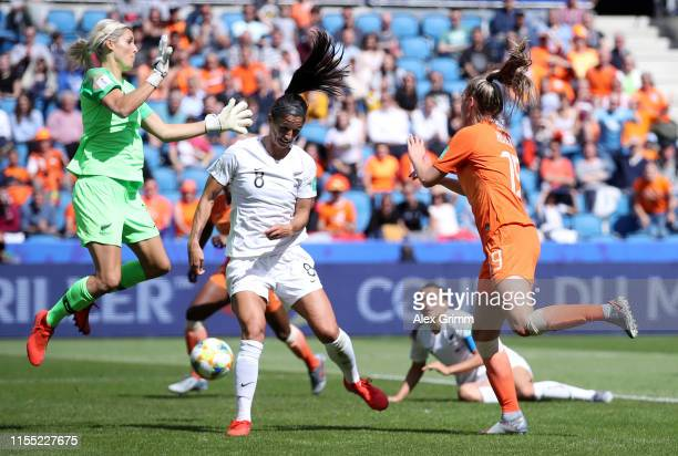 Jill Roord of the Netherlands scores her team's first goal during the 2019 FIFA Women's World Cup France group E match between New Zealand and...