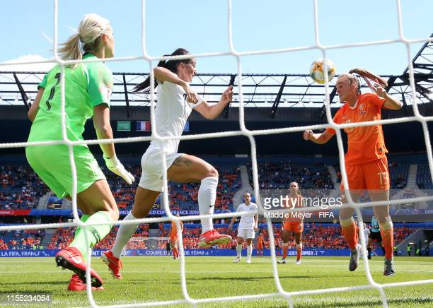 Jill Roord of the Netherlands scores her team's first goal past Erin Nayler of New Zealand during the 2019 FIFA Women's World Cup France group E...
