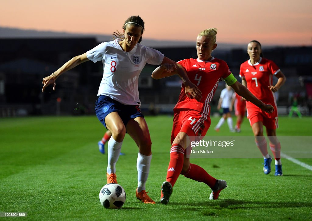 Wales v England - FIFA Women's World Cup Qualifier : News Photo