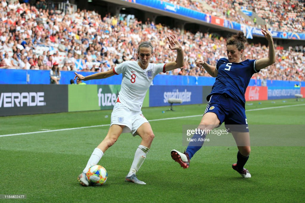 England v Scotland: Group D - 2019 FIFA Women's World Cup France : Photo d'actualité