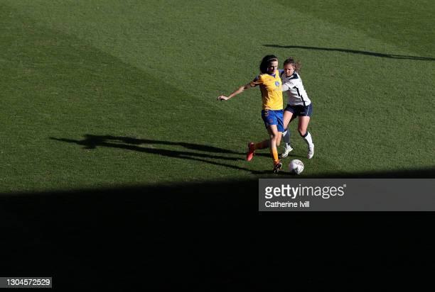 Jill Scott of Everton battles for possession with Kit Graham of Tottenham Hotspur during the Barclays FA Women's Super League match between Tottenham...