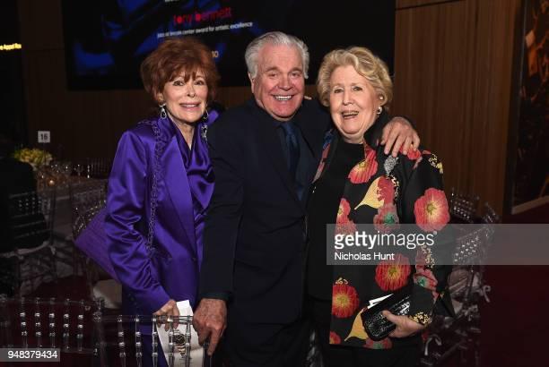 Jill St. John, Robert Wagner, Lisa Schiff attent Jazz At Lincoln Center's 30th Anniversary Gala at Jazz at Lincoln Center on April 18, 2018 in New...