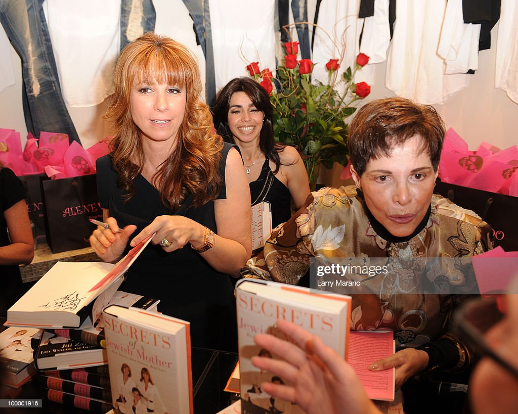 Jill Zarin and her mother Gloria Kamen attend a book signing for Zarin's 'Secrets of a Jewish Mother' at Alene Too on May 19, 2010 in Boca Raton, Florida.