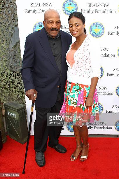 Jim Brown Family >> Jim Brown And Monique Brown Attend The Seal Nsw Family