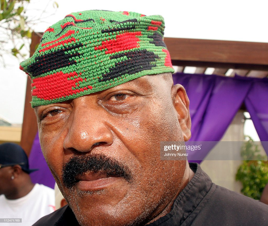 Jim Brown during 2005 MTV VMA - John Singelton Party Hosted by DJ Biz Markie and Snoop Dogg at Sanctuary Hotel in Miami, Florida, United States.