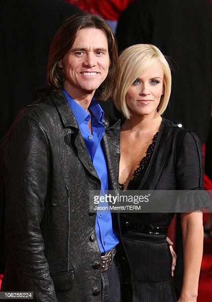 Jim Carrey and girlfriend Jenny McCarthy during 'The Number 23' Los Angeles Premiere at The Orpheum Theater in Los Angeles California United States
