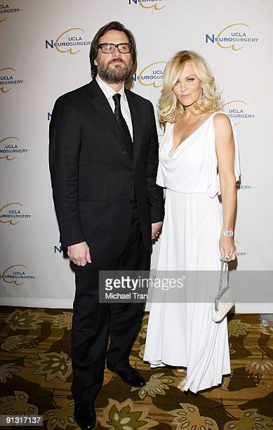 Jim Carrey and Jenny McCarthy arrive to UCLA's 2009 Visionary Ball held at Beverly Wilshire Four Seasons Hotel on October 1 2009 in Beverly Hills...