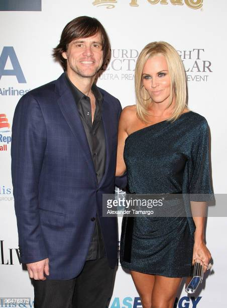 Jim Carrey and Jenny McCarthy attend the 4th annual Saturday Night Spectacular celebration at The Bank of America Tower on February 6, 2010 in Miami,...
