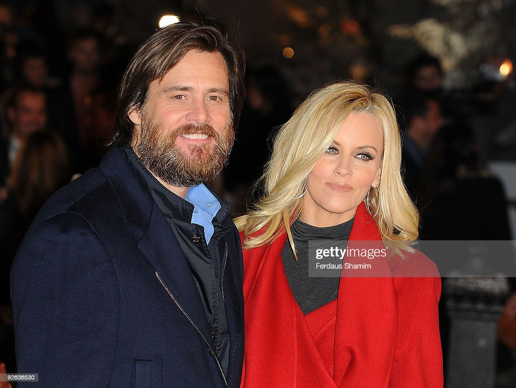 A Christmas Carol - World Premiere - Outside Arrivals Photos and ...