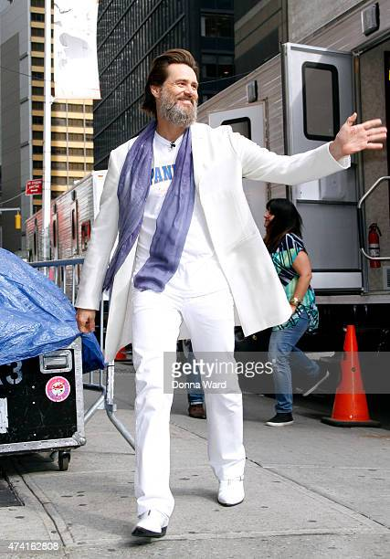 Jim Carrey arrives for the final episode of 'The Late Show with David Letterman' at the Ed Sullivan Theater on May 20 2015 in New York City