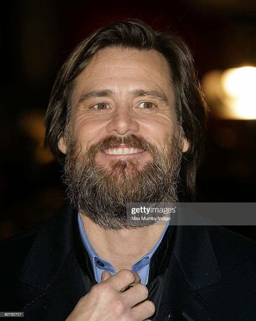 Photos et images de A Christmas Carol - World Film Premiere - Red ...