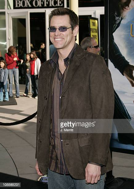 Jim Carrey during Lemony Snicket's A Series Of Unfortunate Events World Premiere Arrivals at Grauman's Chinese Theater in Hollywood California United...