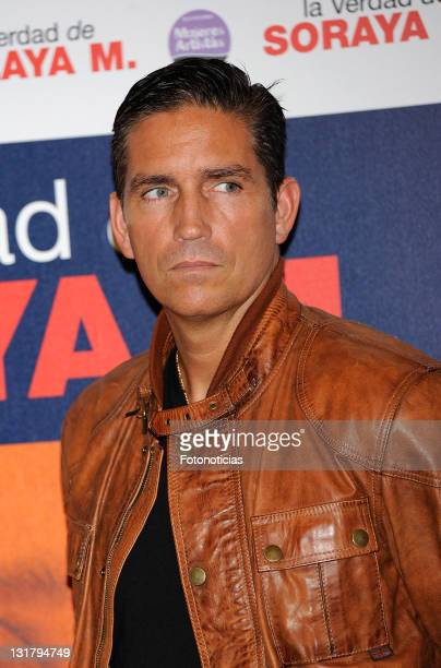 Jim Caviezel attends a photocall for La Verdad de Soraya M at Palafox Cinema on October 5 2010 in Madrid Spain
