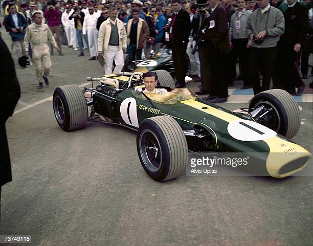 Jim Clarks grids his Lotus 43 BRM H16 for the US Grand Prix of 1966 at Watkins Glen, New York. He would win the race scoring the only win for the H16...