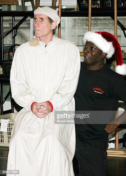 Jim Dale as Scrooge and Gerry McIntyre as The Ghost of Christmas Present