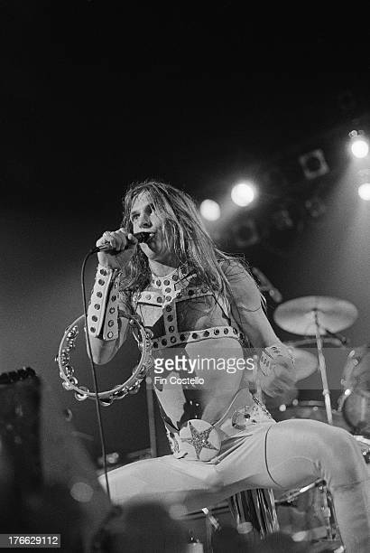 Jim 'Dandy' Mangrum from American rock group Black Oak Arkansas performs live on stage at Madison Square Garden in New York circa 1972