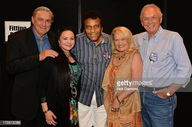 Jim Ed Brown Crystal Gayle Charley Pride Lynn Anderson and Mel Tillis appear at CMA Close Up Stage 70's Heritage Panel at Music City Convention...