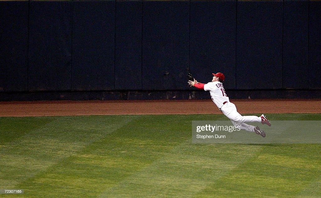 NLCS: Astros v Cardinals Game 7 : ニュース写真