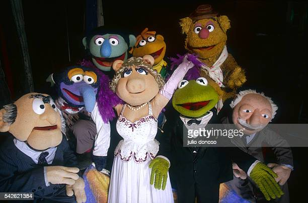 Jim Henson's Muppets visit London during The Muppet Show on Tour in 1987 In front left to right Statler Gonzo Miss Piggy Kermit the Frog and Waldorf...