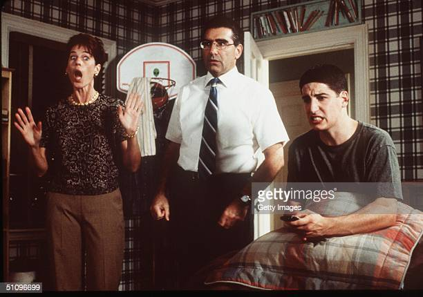 Jim Is Caught In An Embarrassing Moment By His Mom And Dad In 'American Pie'